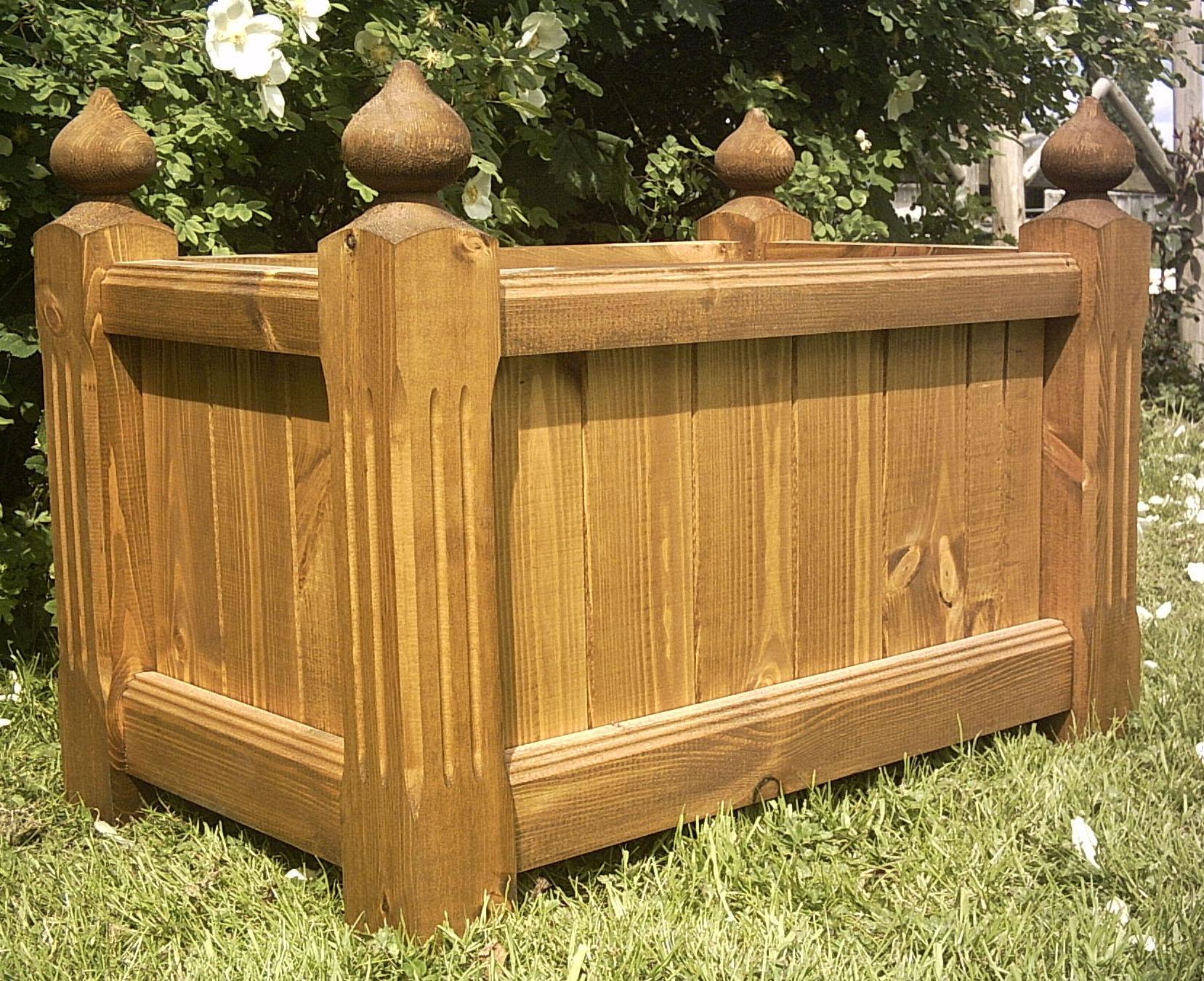 large wooden planter gardening planters raised beds. Black Bedroom Furniture Sets. Home Design Ideas